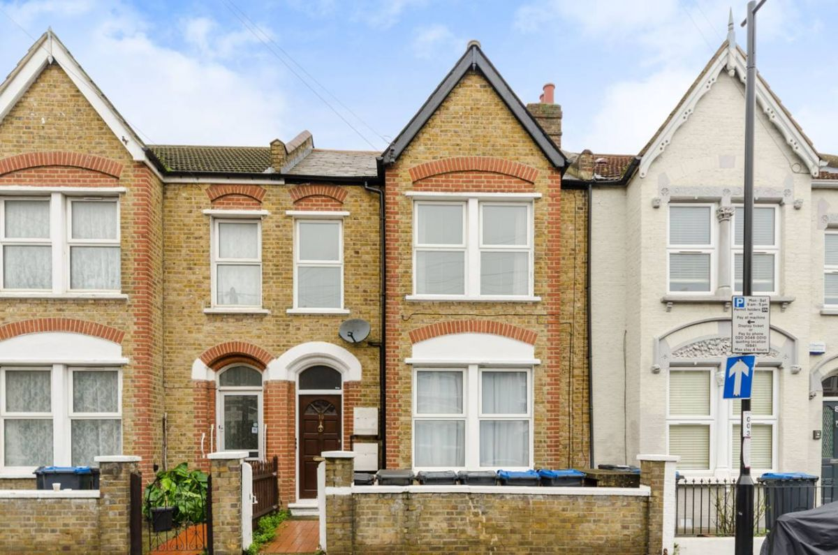 Studio for sale in South Norwood, Werndee Road