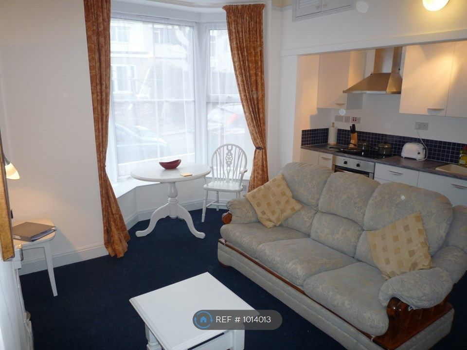 1 Bedroom Flat to rent in Plymouth, Trematon Terrace