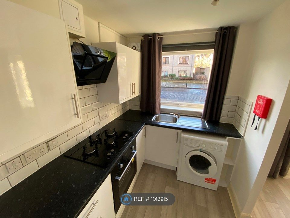 2 Bedroom Flat to rent in Edinburgh, North Fort Street