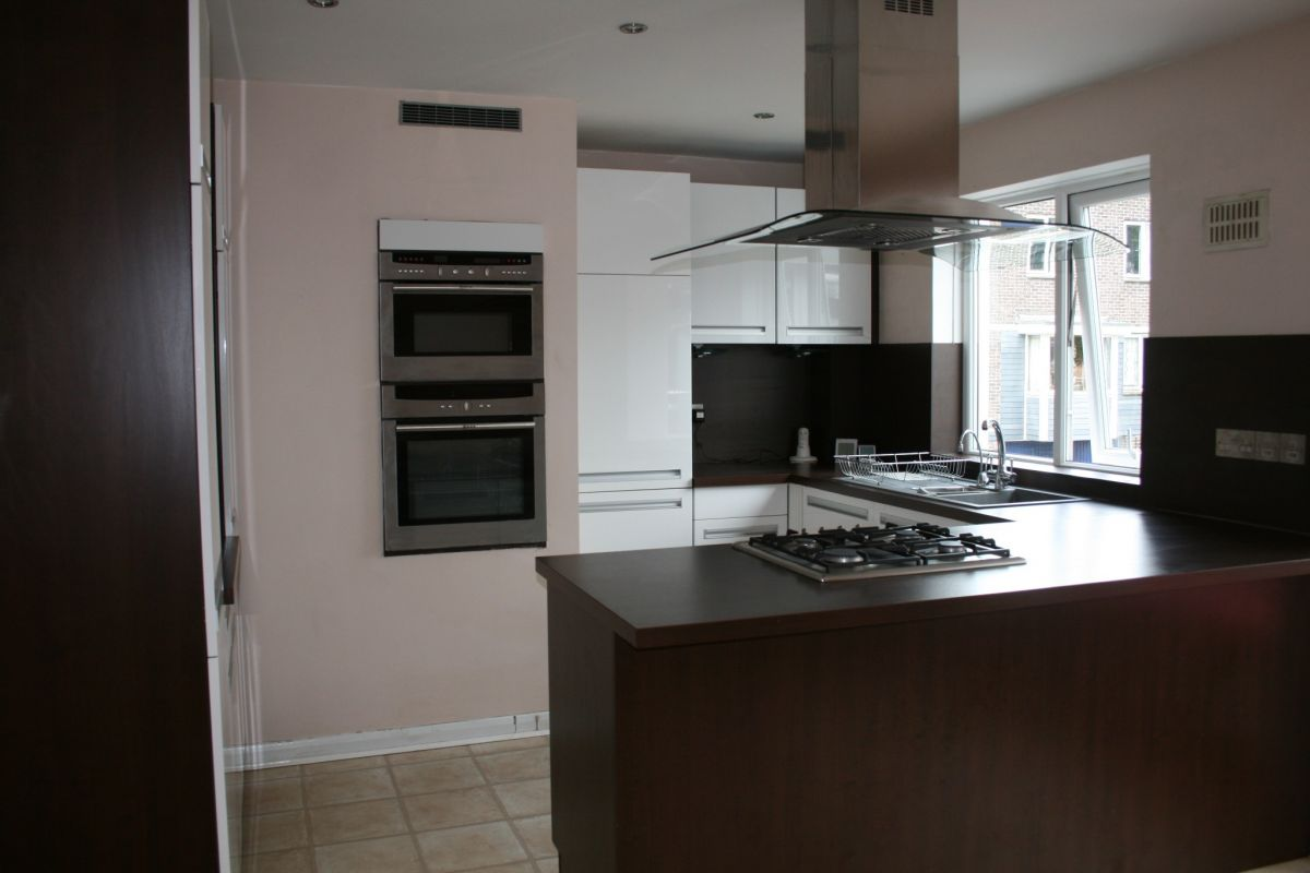 4 Bedroom Town House to rent in Portsmouth, Poynings Place