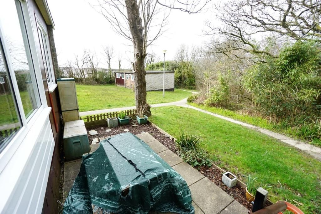 2 Bedroom Bungalow for sale in Bude, Penstowe Holiday Village
