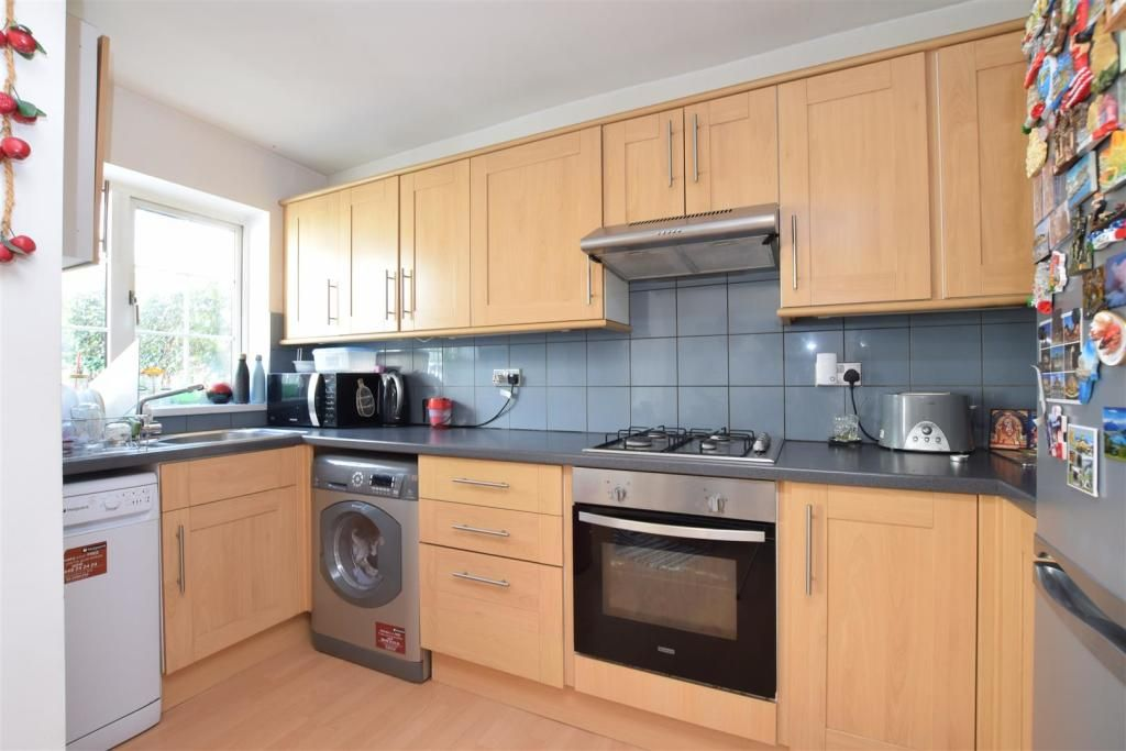 4 Bedroom Terraced to rent in Sutton, Sherborne Road