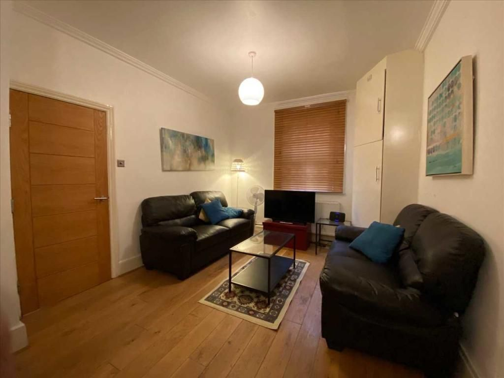 4 Bedroom End of Terrace to rent in St Johns Wood, Broadley Street