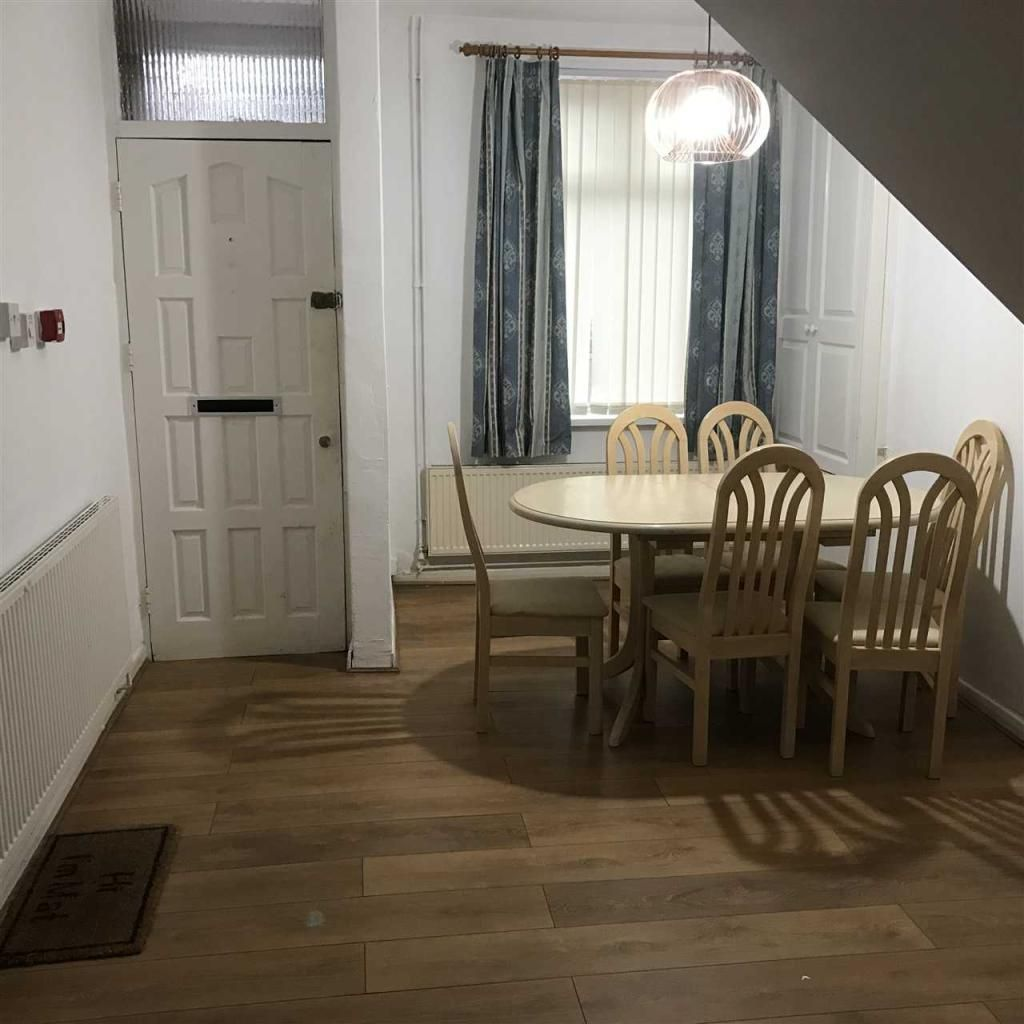 4 Bedroom Terraced to rent in Leicester, Hamilton Street