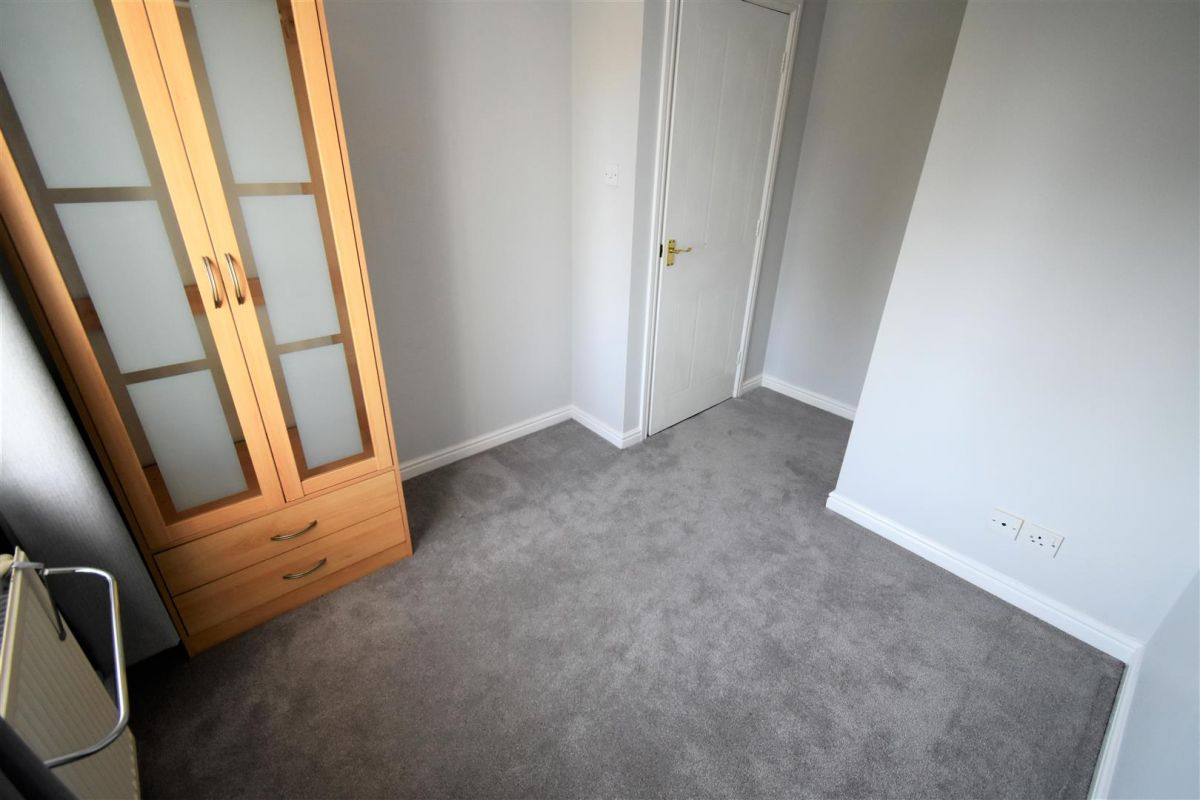3 Bedroom Terraced to rent in Peterborough, Coltsfoot Drive