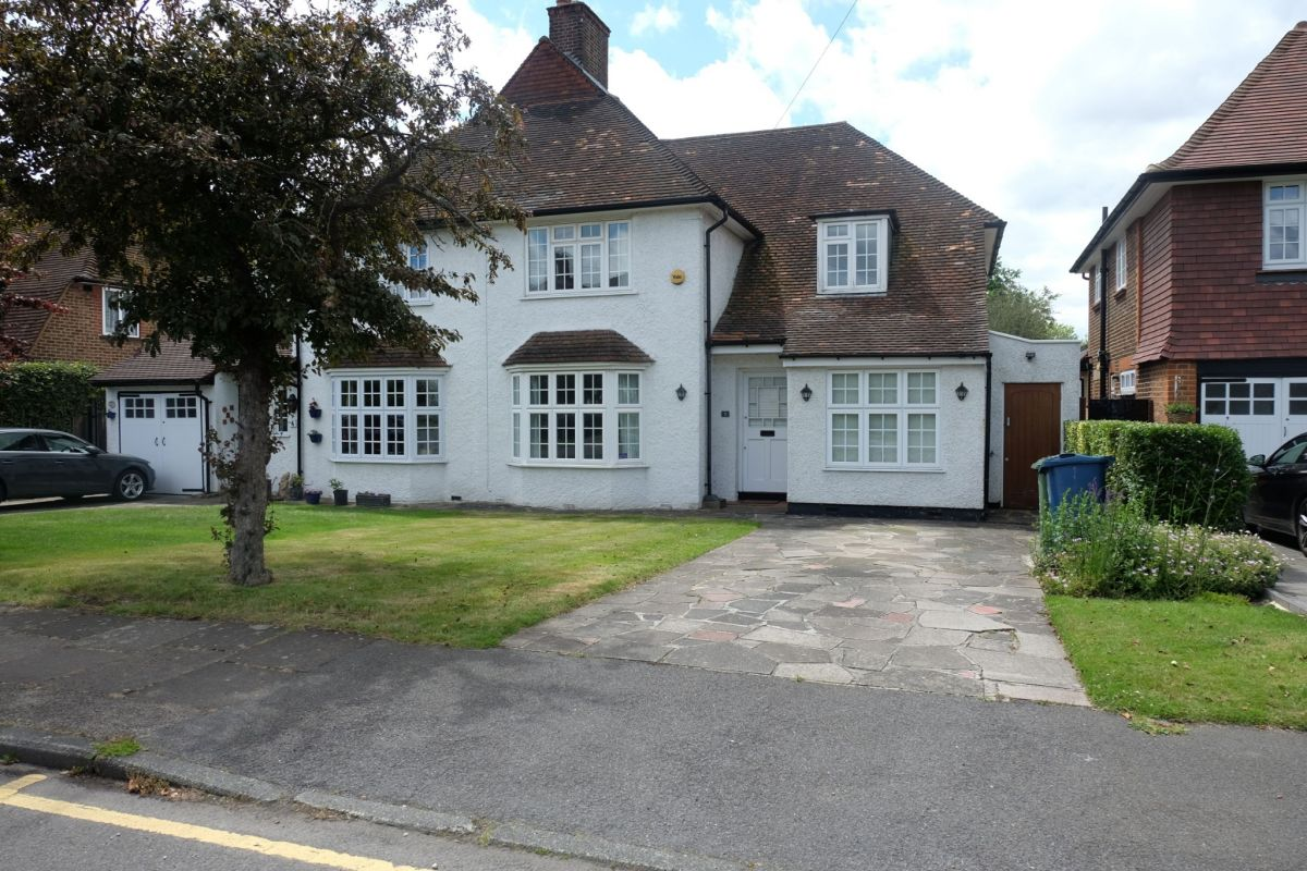 3 Bedroom Semi-Detached for sale in Ruislip, North Way