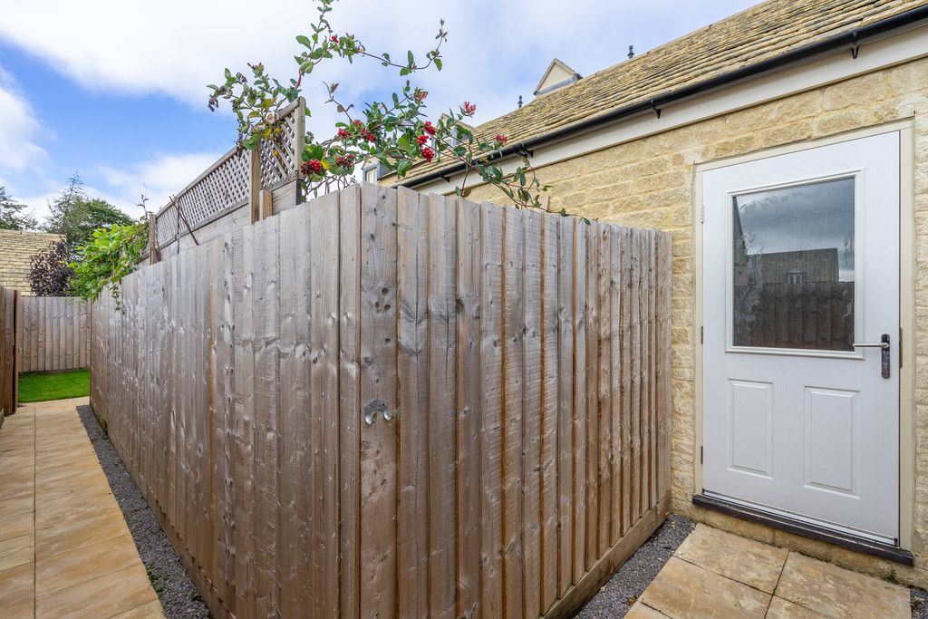 3 Bedroom Terraced for sale in Tetbury, Havenhill Road