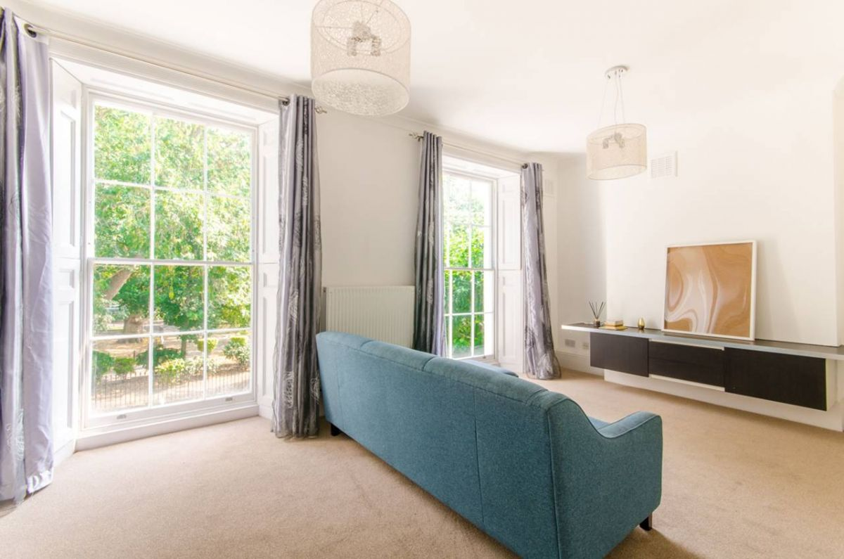 4 Bedroom Maisonette for sale in Clapton, Clapton Square