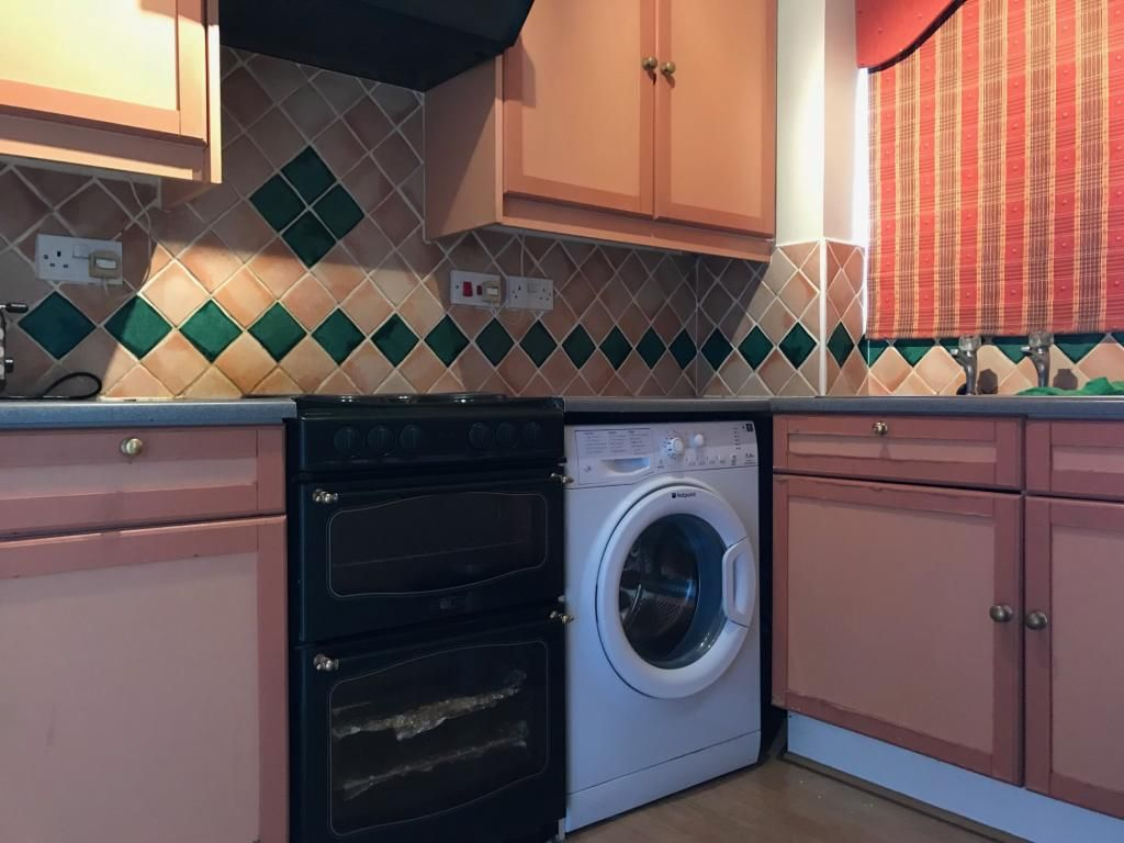 1 Bedroom Flat to rent in Enfield, Linwood Crescent