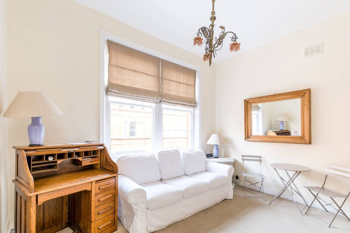 1 Bedroom Flat for sale in Chelsea, Egerton Gardens