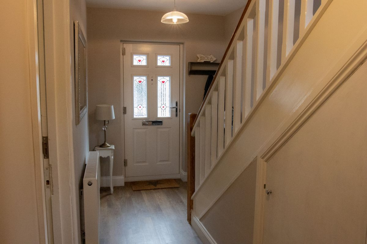 4 Bedroom Detached for sale in Benfleet, Highfield Avenue