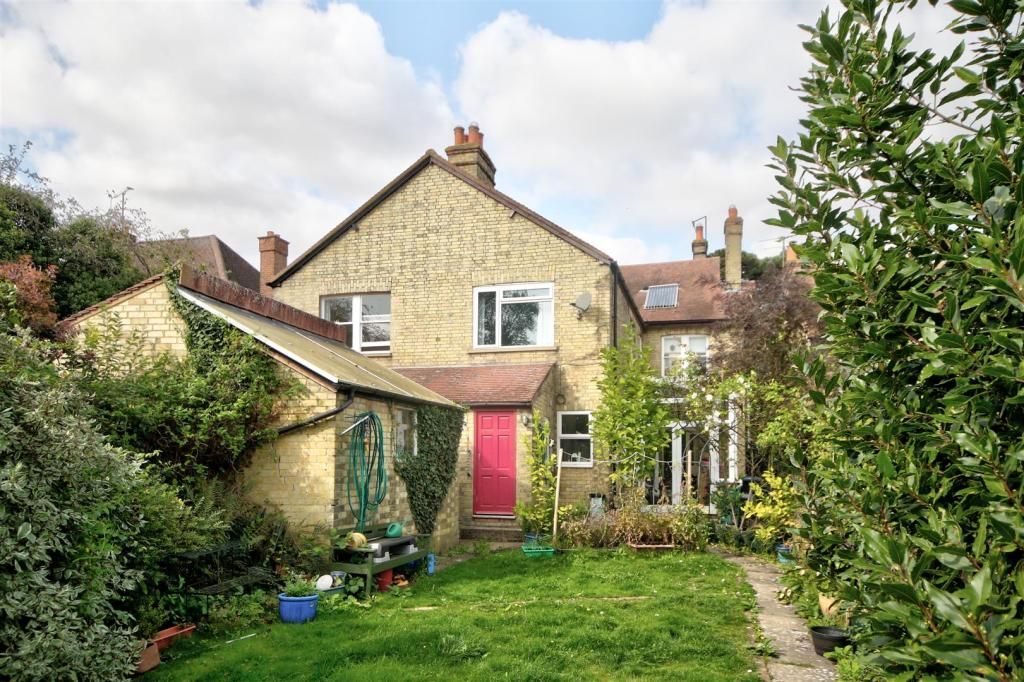 5 Bedroom Semi-Detached for sale in Ely, Cambridge Road