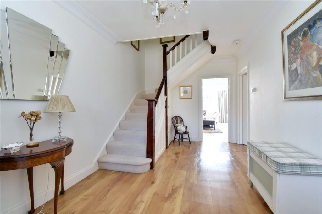 6 Bedroom Detached for sale in Bromley, Hill Brow