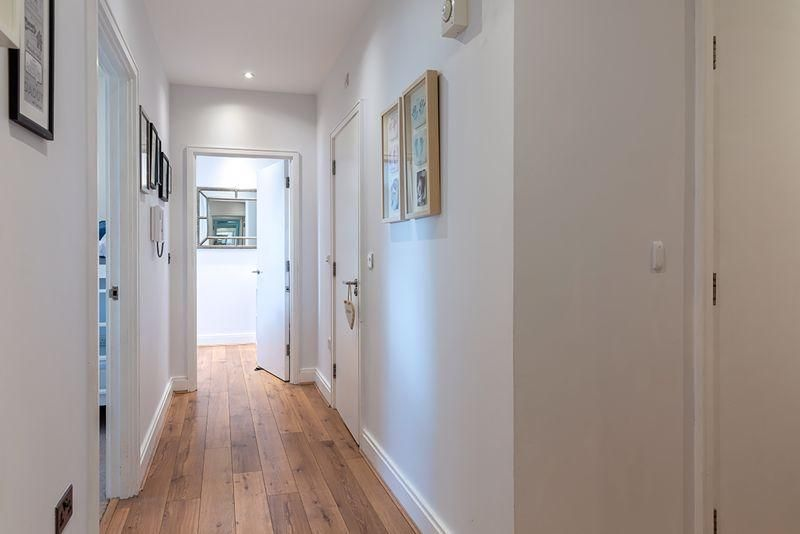 2 Bedroom Apartment for sale in Worcester Park, Beaumont Drive
