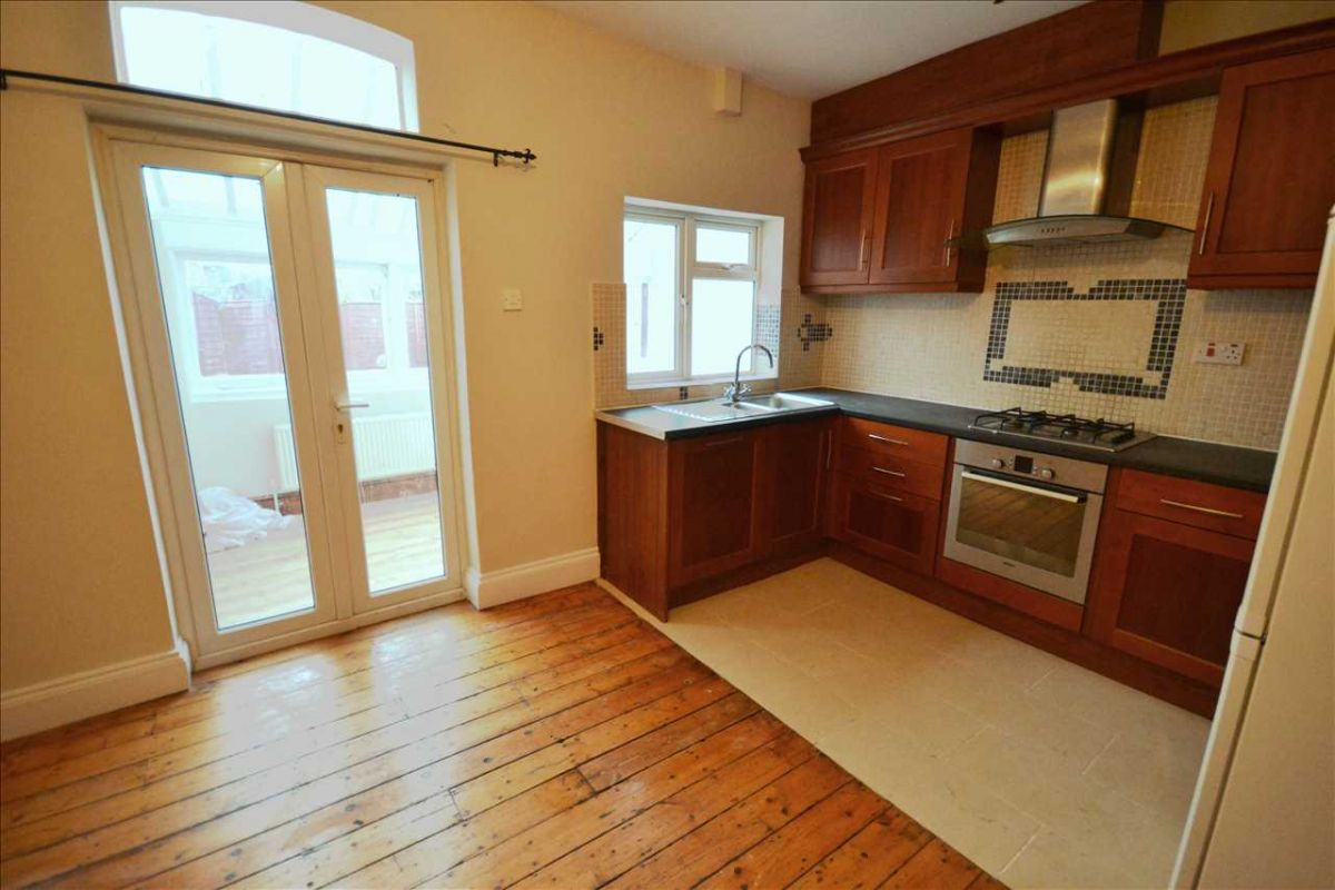 3 Bedroom Terraced for sale in West Ealing, Seaford Road