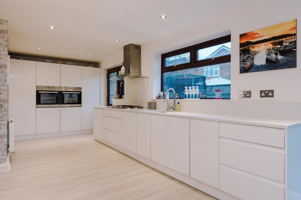 3 Bedroom Detached for sale in Warrington, Woolmer Close