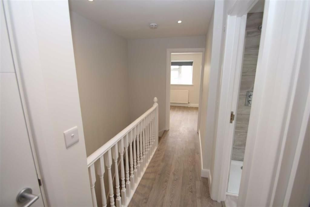 5 Bedroom Town House for sale in Buckhurst Hill, Palmerston Road