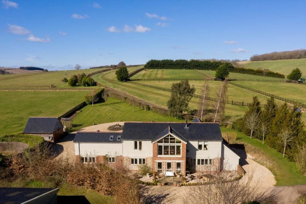 5 Bedroom Farm House for sale in Marlborough, Witcha