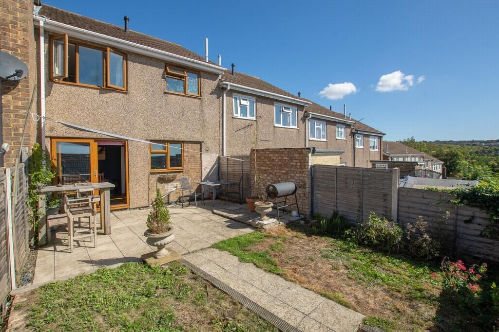 2 Bedroom House for sale in Dover, Monks Way