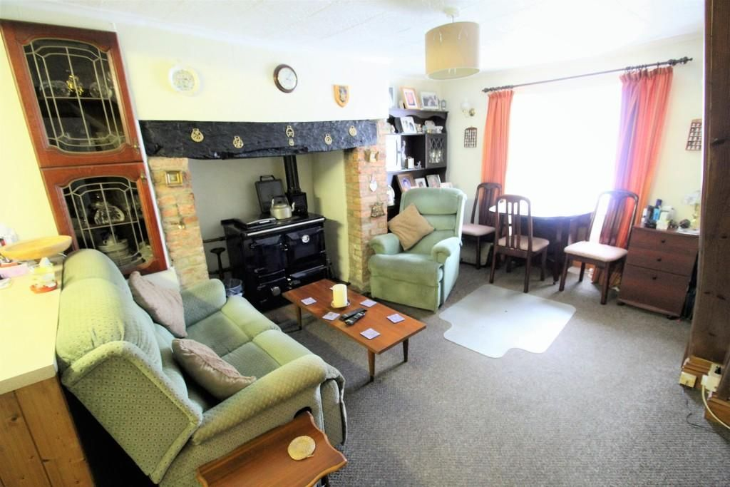 6 Bedroom Cottage for sale in Beaworthy, West Road