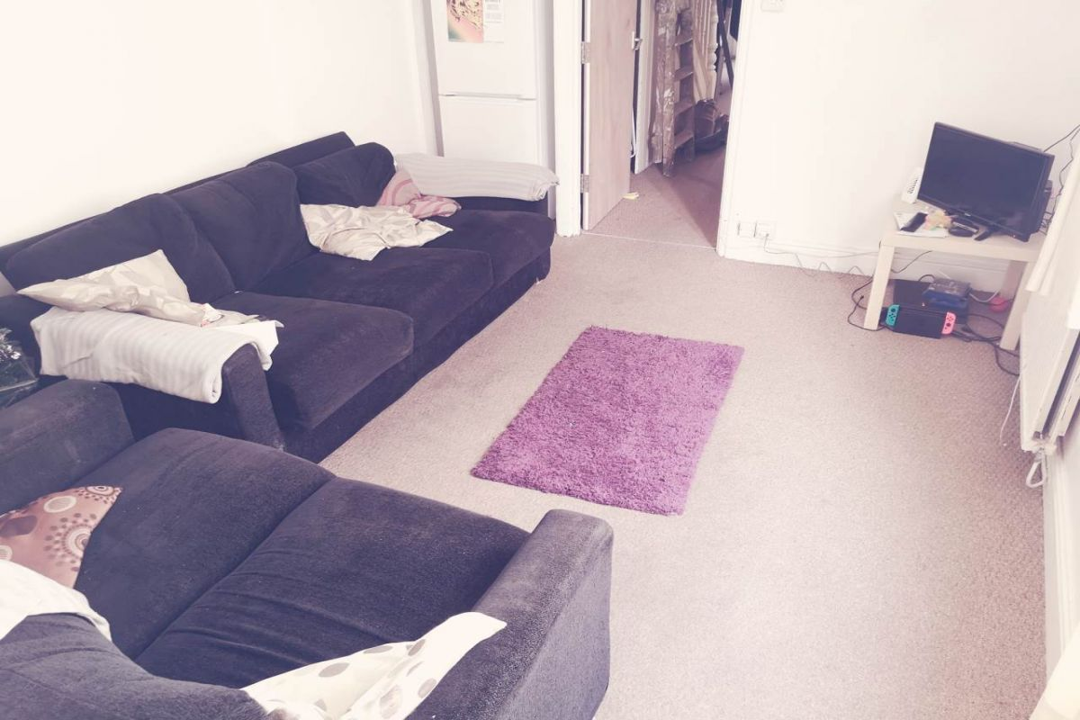 5 Bedroom House to rent in Cardiff, Strathnairn Street