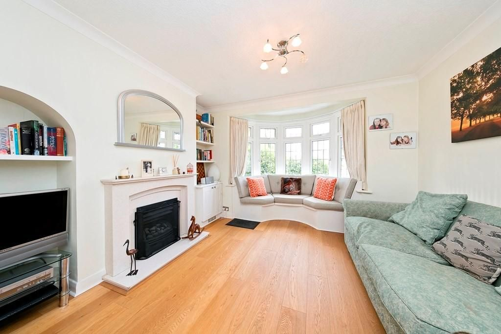 5 Bedroom Semi-Detached for sale in Kingston Upon Thames, NORTH KINGSTON - RICHMOND BORDER