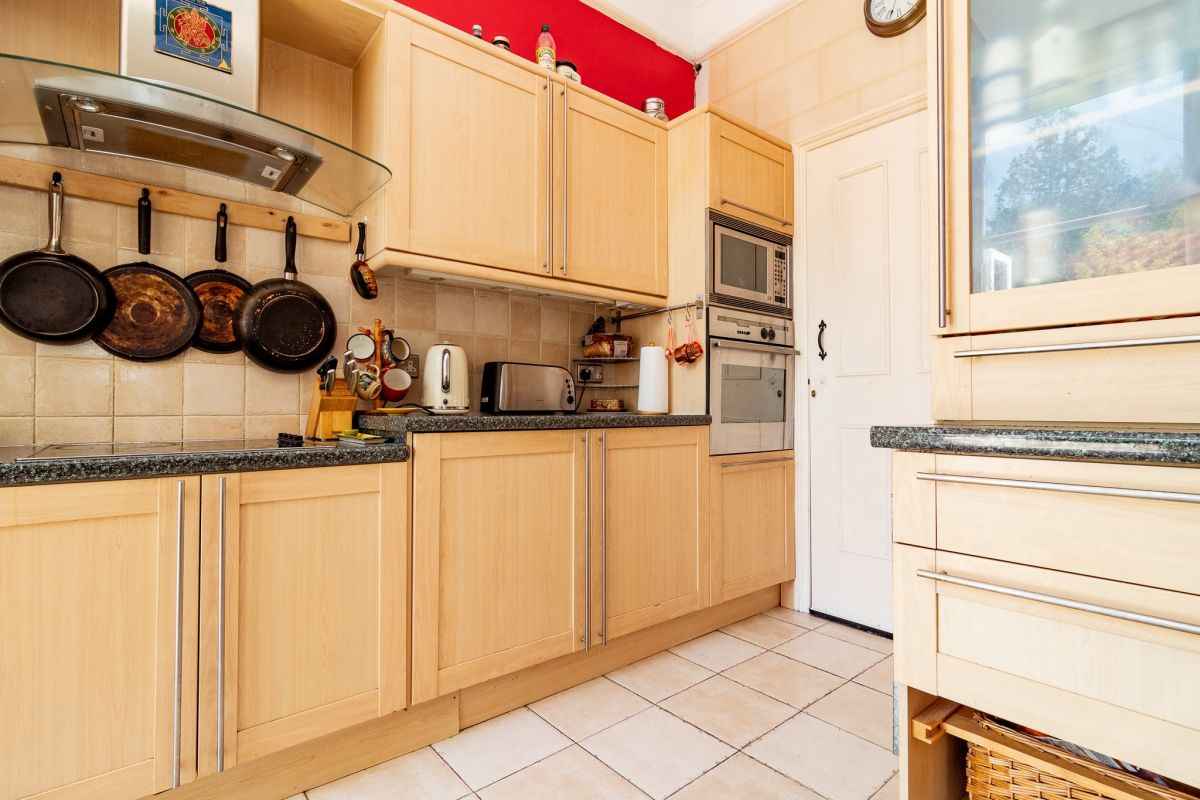 2 Bedroom Flat to rent in Bournemouth, Bodorgan Road
