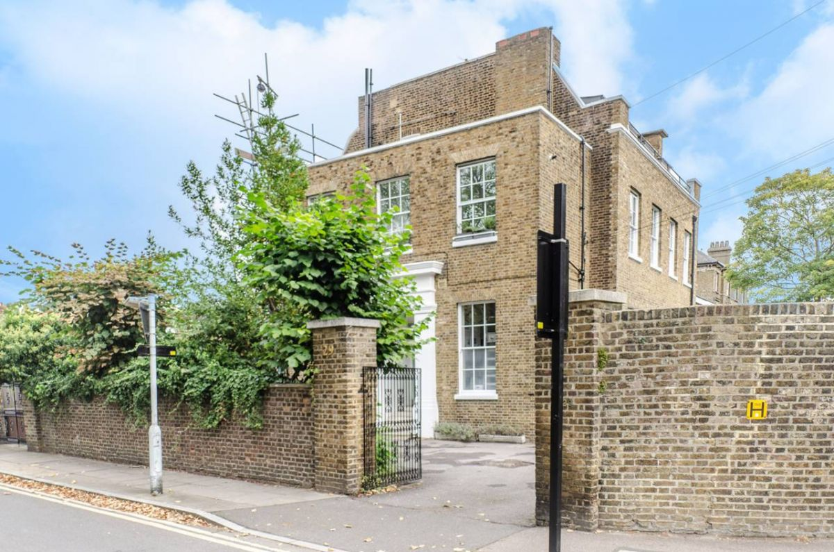 3 Bedroom Flat for sale in Camberwell, Champion Hill