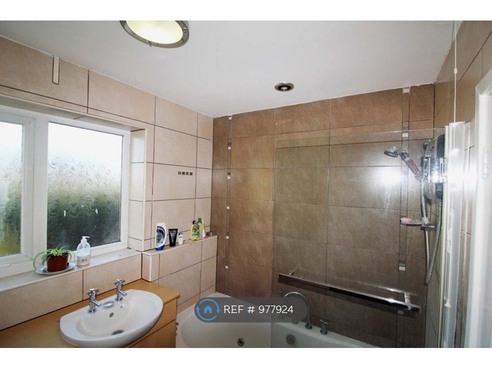 1 Bedroom House to rent in Telford, Cadman Drive