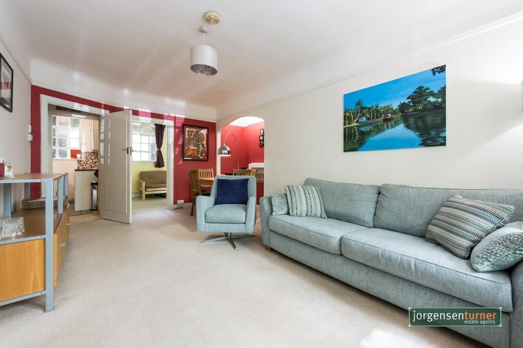 2 Bedroom Flat for sale in Roseville, Hillsborough Court