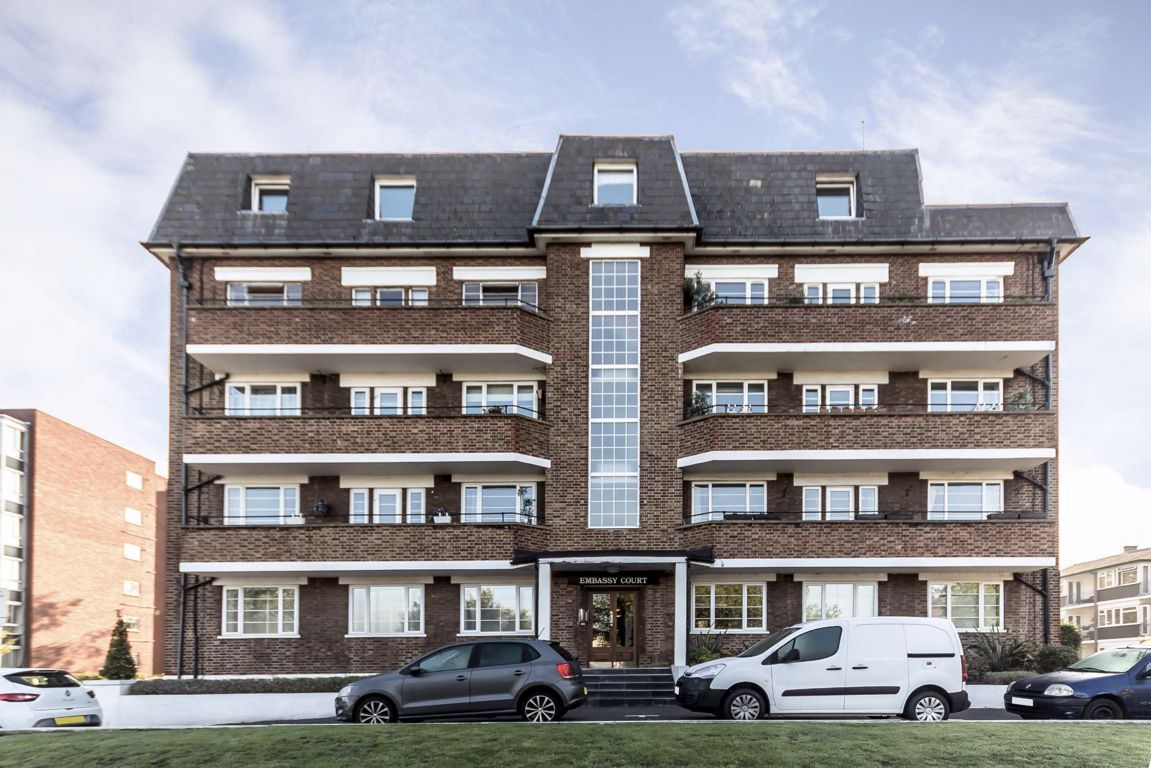 2 Bedroom Flat to rent in Surbiton, Portsmouth Road