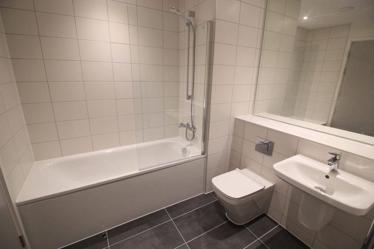 2 Bedroom Flat to rent in Manchester, Transmission House