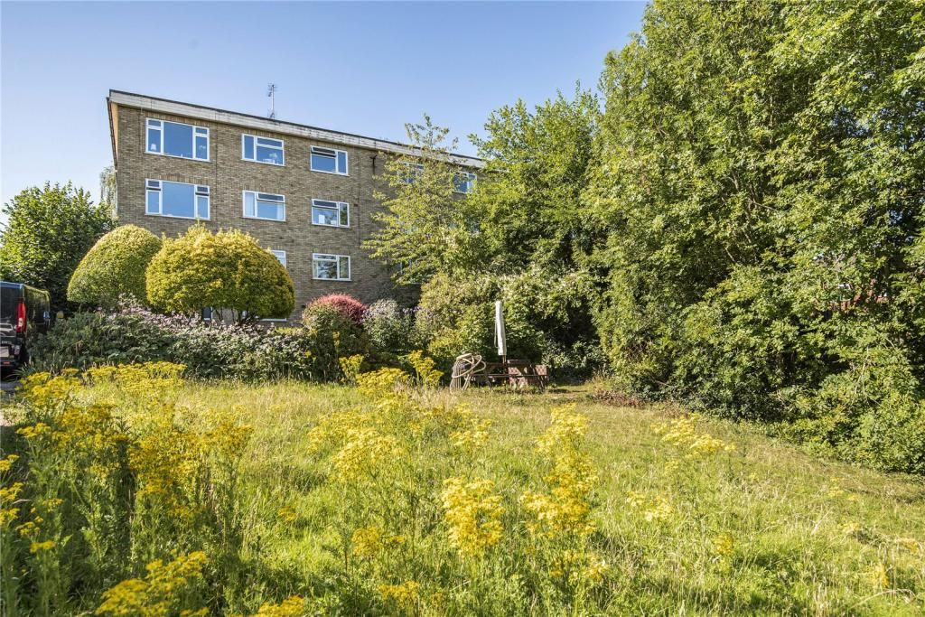 1 Bedroom Apartment for sale in Barnet, Ashley Court
