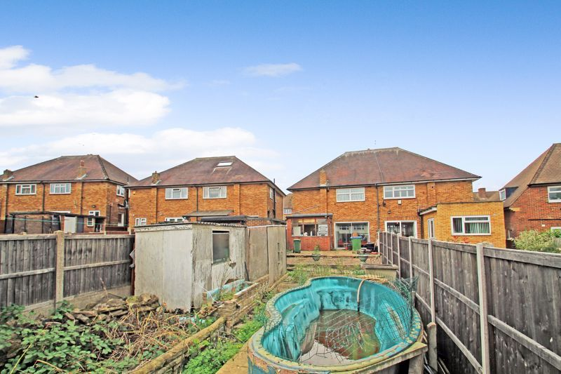 3 Bedroom Semi-Detached for sale in Sidcup, Milton Road