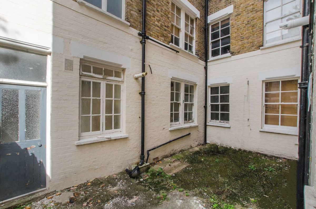 1 Bedroom Flat for sale in Camberwell, Lomond Grove